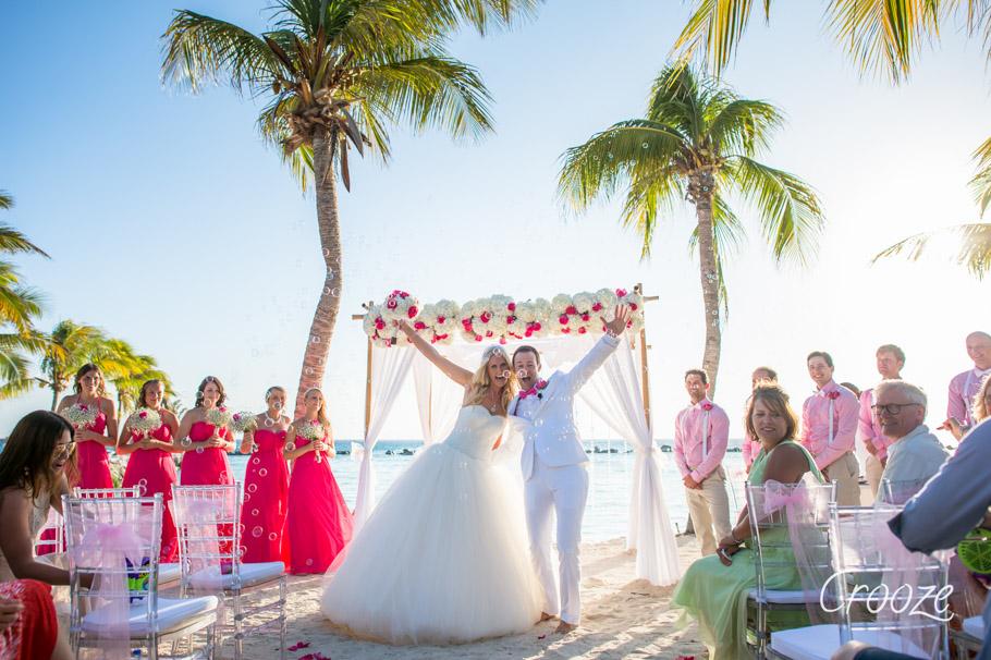 luisa-renaissance-aruba-wedding-026