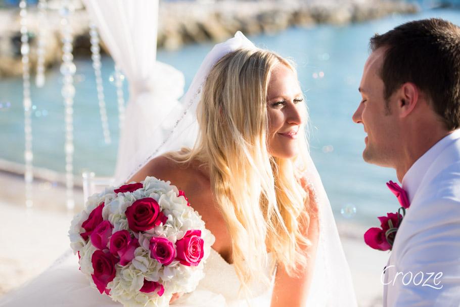 luisa-renaissance-aruba-wedding-028