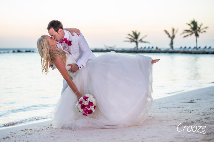luisa-renaissance-aruba-wedding-033