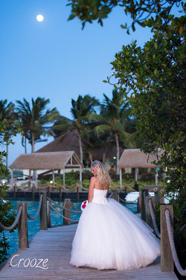 luisa-renaissance-aruba-wedding-034