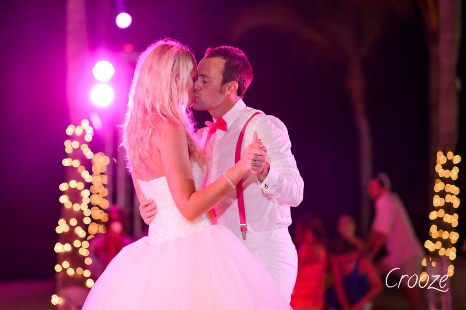 luisa-renaissance-aruba-wedding-037