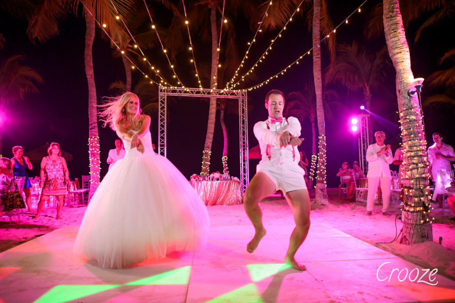 luisa-renaissance-aruba-wedding-038