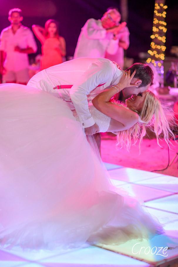 luisa-renaissance-aruba-wedding-039