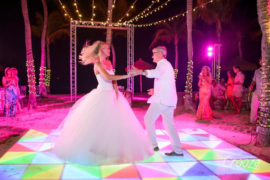 luisa-renaissance-aruba-wedding-041