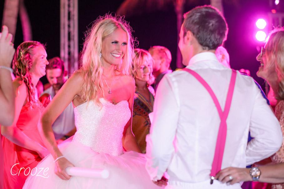 luisa-renaissance-aruba-wedding-042
