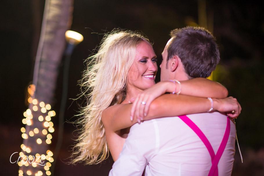 luisa-renaissance-aruba-wedding-045