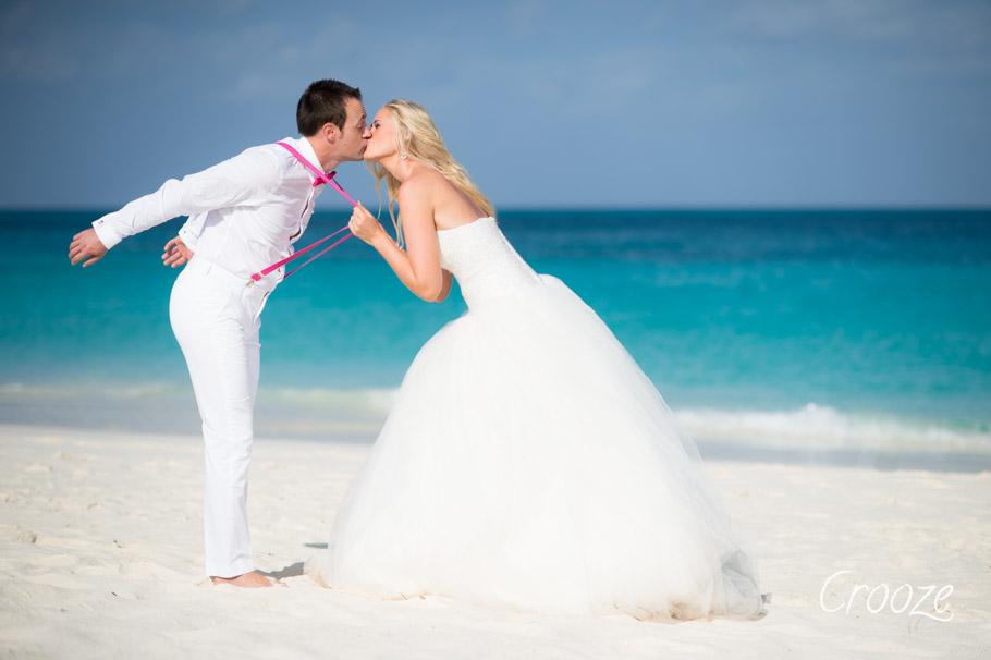 luisa-renaissance-aruba-wedding-049