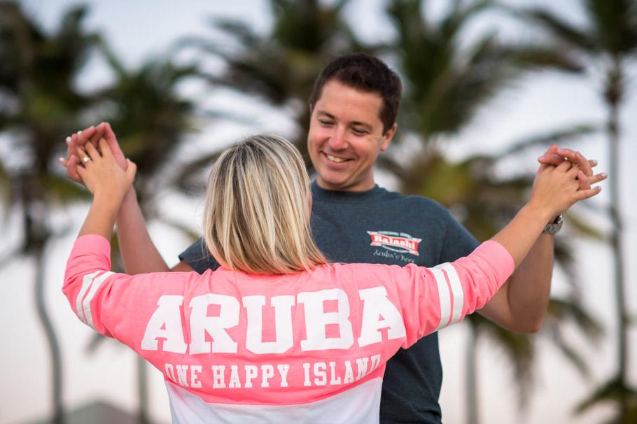 jenny-aruba-engagement-photos-034