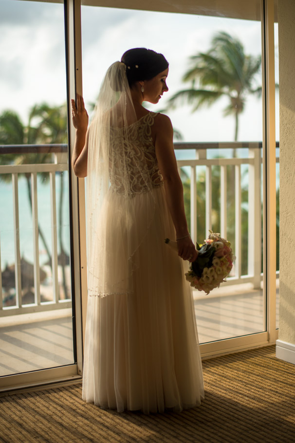 krissy-hyatt-aruba-wedding-025