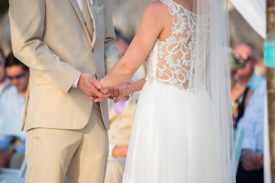 krissy-hyatt-aruba-wedding-041