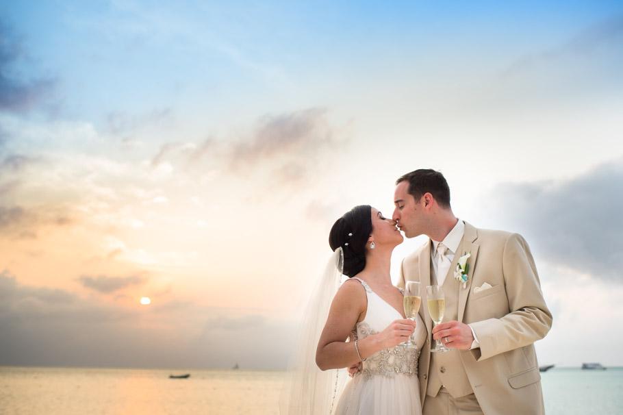krissy-hyatt-aruba-wedding-049