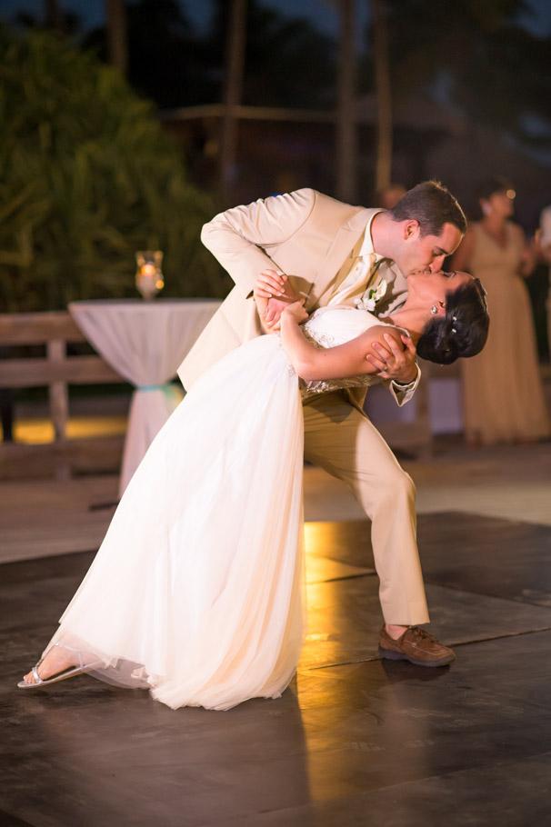 krissy-hyatt-aruba-wedding-068