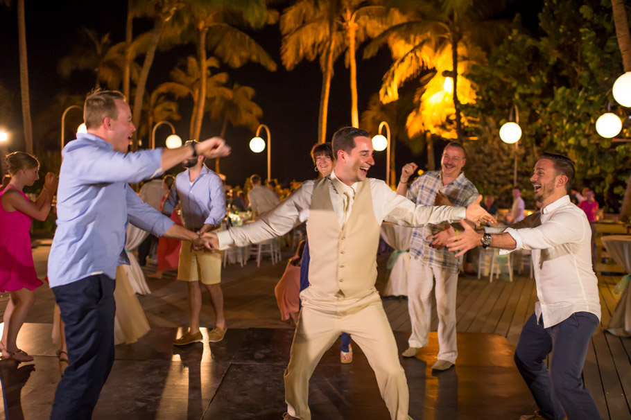krissy-hyatt-aruba-wedding-094