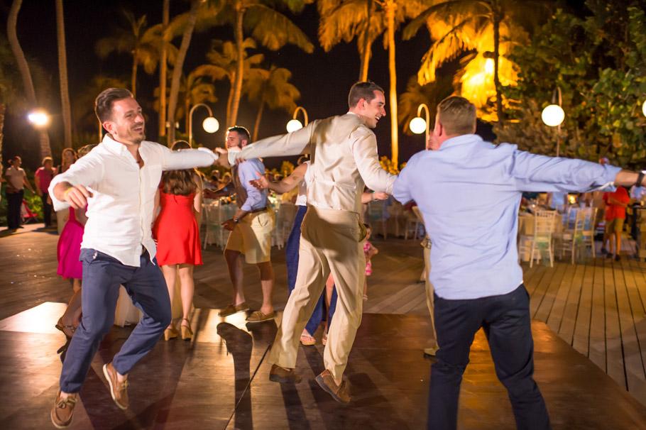 krissy-hyatt-aruba-wedding-095