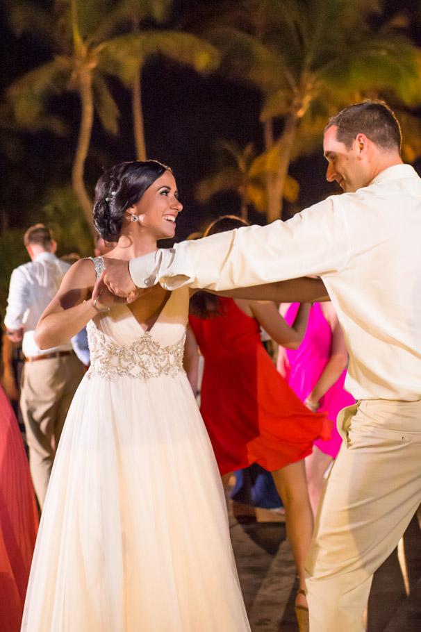 krissy-hyatt-aruba-wedding-098
