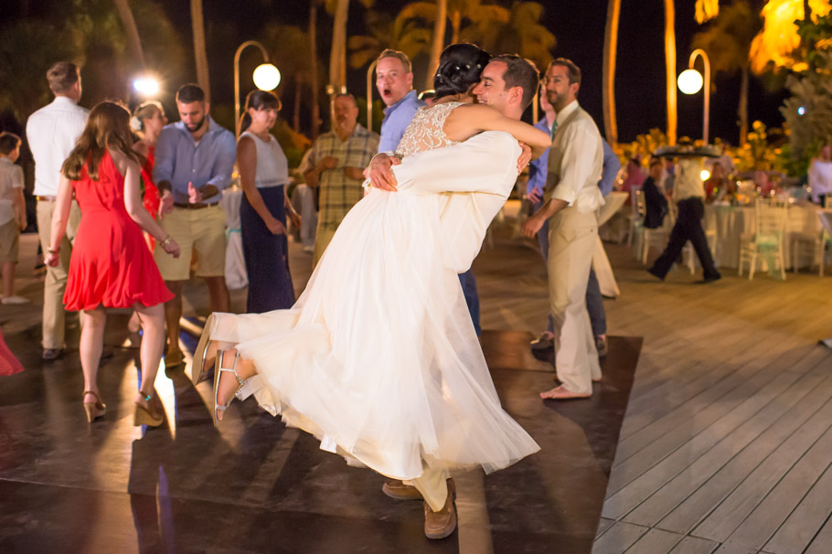 krissy-hyatt-aruba-wedding-100