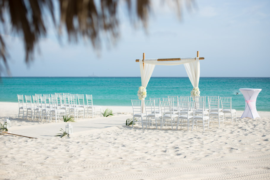 kaitlyn-divi-aruba-wedding-019
