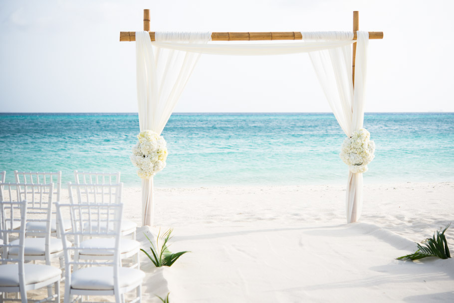 kaitlyn-divi-aruba-wedding-024