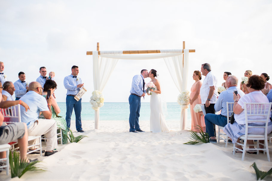 kaitlyn-divi-aruba-wedding-057