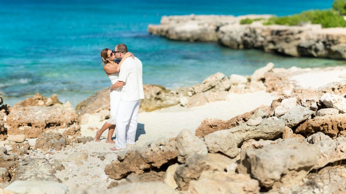 wedding photographers in aruba